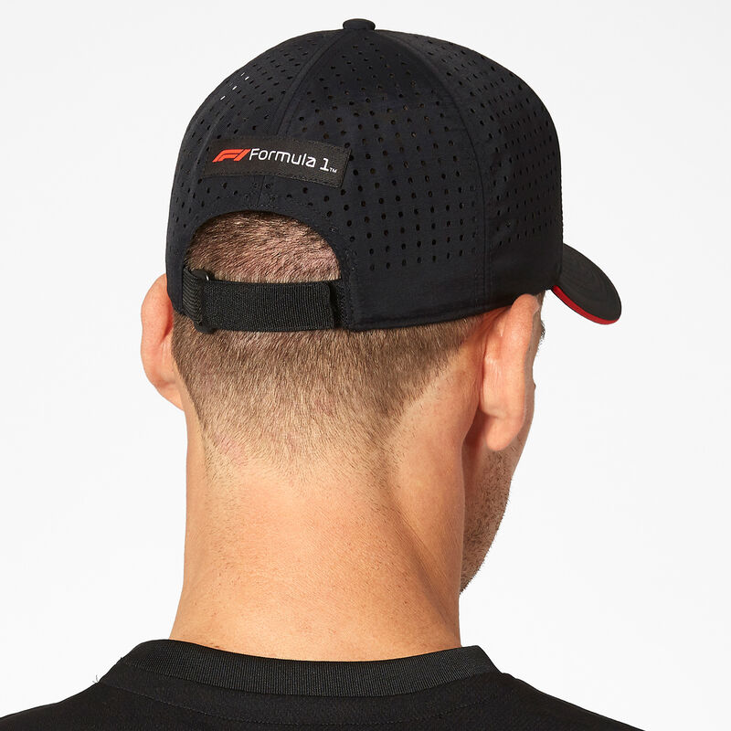 F1 FW TECH BASEBALL CAP - black