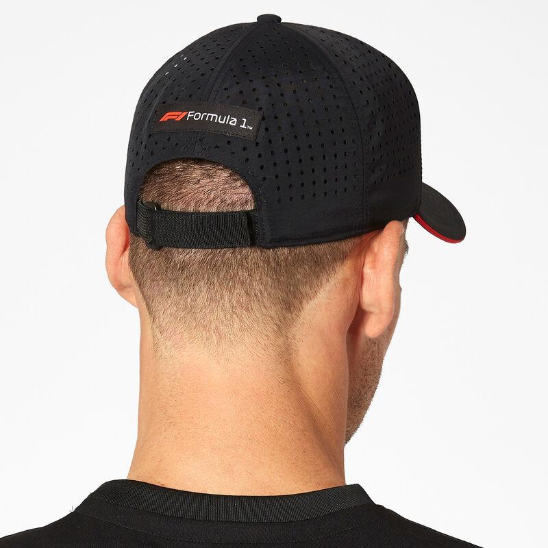 F1 FW TECH BASEBALL CAP - black